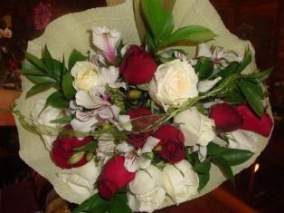 cm07a-buque-de-rosas-1dz-r-60-00